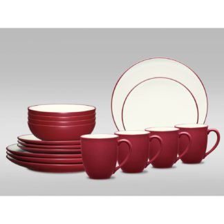 Noritake Colorwave Raspberry Coupe 16-Piece Dinnerware Set