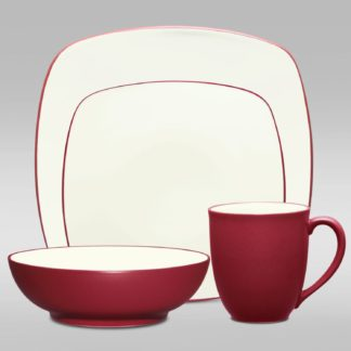 Noritake Colorwave Raspberry Square 4-Piece Place Setting