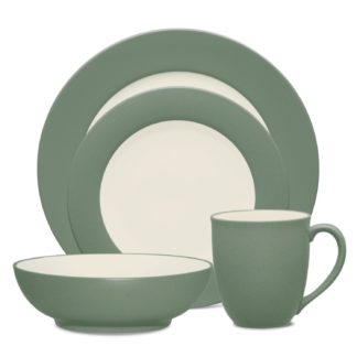 Noritake Colorwave Green Rim 4-Piece Place Setting