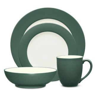 Noritake Colorwave Spruce Rim 4-Piece Place Setting
