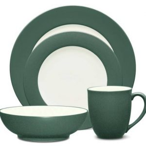 Noritake Colorwave Four Piece Place Setting