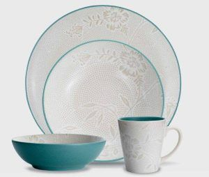 Noritake Dinnerware Colorwave Bloom Turquoise Coupe 4 Piece Place Setting