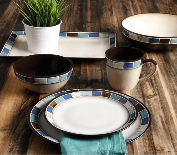 Gibson Elite Casa Azul Dinnerware Collection ... & Gibson Casa Azul 16-Piece Dinnerware Set Blue | Plum Street Pottery